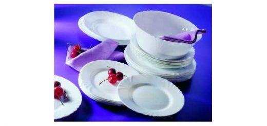 zestaw talerzy